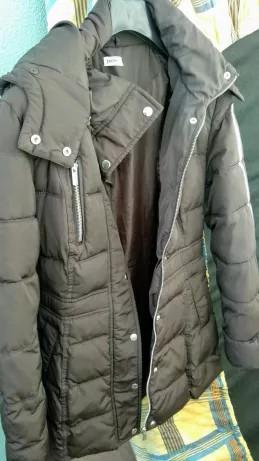Calvin Klein Blusão de Penas Acolchoado Preto com Capuz